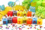 Hình ảnh chúc mừng sinh nhật với ngọn nến lung linh số 9