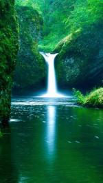 Hình nền thác nước 4