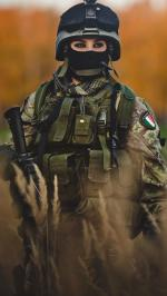 Hình nền nữ quân nhân xinh đẹp 1