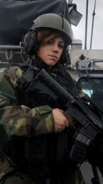 Hình nền nữ quân nhân xinh đẹp 3