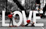 Chia sẻ 20 hình nền tình yêu chữ Love full hd cho máy tính số 4