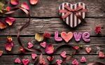 Chia sẻ 20 hình nền tình yêu chữ Love full hd cho máy tính số 2