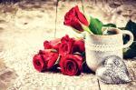 Bộ ảnh valentine 14 2 với những bó hồng kèm hộp quà cực chất số 29