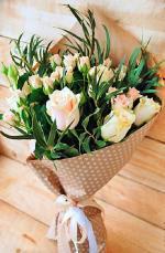 Bó hoa sinh nhật mang vẻ đẹp lung linh - 12