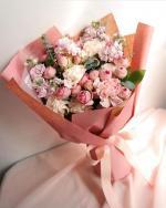 Bó hoa sinh nhật mang vẻ đẹp lung linh - 5