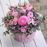 Mẫu cắm hộp hoa sinh nhật đẹp mê mẩn cho bạn tham khảo - 2