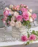 Mẫu cắm hộp hoa sinh nhật đẹp mê mẩn cho bạn tham khảo - 1