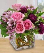 Mẫu cắm hộp hoa sinh nhật đẹp mê mẩn cho bạn tham khảo - 5