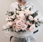 Tuyển chọn những bó hoa hồng xinh đẹp sang trọng bậc nhất - Vẻ đẹp đến từ sự tinh tế - 21