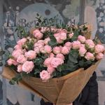 Tuyển chọn những bó hoa hồng xinh đẹp sang trọng bậc nhất - Vẻ đẹp đến từ sự tinh tế - 17