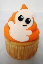 Ý tưởng trang trí bánh cupcake con ma halloween ngộ nghĩnh