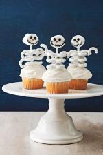 Ý tưởng trang trí bánh cupcake halloween hài hước vui nhộn