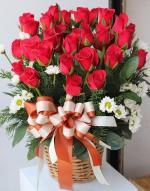Những lẵng hoa hồng 8/3 đẹp nhất dành tặng ngày Quốc tế phụ nữ 8/3 - Hình ảnh 3